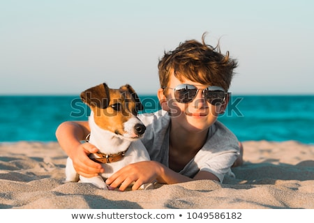 kicsi · fiú · gondolkodik · boldog · divat · háttér - stock fotó © grafvision