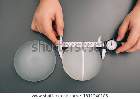 creme · mulher · mãos · isolado · branco · fundo - foto stock © carlodapino