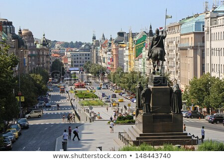 Vierkante zomer Praag Tsjechische Republiek bloemen wolken Stockfoto © tannjuska