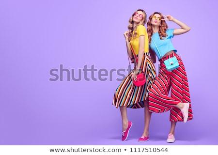 Due sorridere femminile modelli posa Foto d'archivio © NeonShot