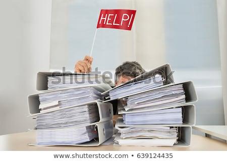 zakenman · verbergen · achter · bureau · bezorgd · exemplaar · ruimte - stockfoto © andreypopov