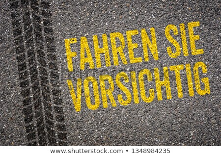 Spur Übersetzung Laufwerk vorsichtig Straße Zeichen Stock foto © Zerbor