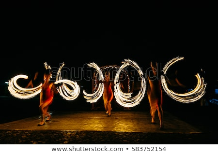 Fényes pörgés tűz szikrák előadás éjszaka Stock fotó © ruslanshramko