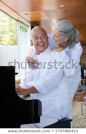Zijaanzicht actief senior man vrouw Stockfoto © wavebreak_media