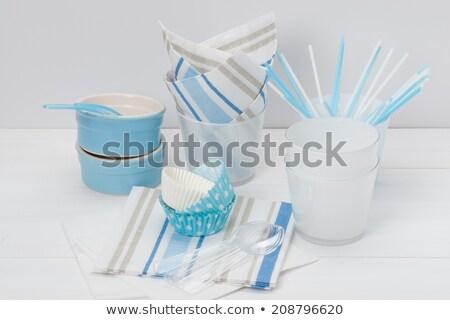 Mavi plastik çatal bıçak takımı tepsi su arka plan Stok fotoğraf © photography33