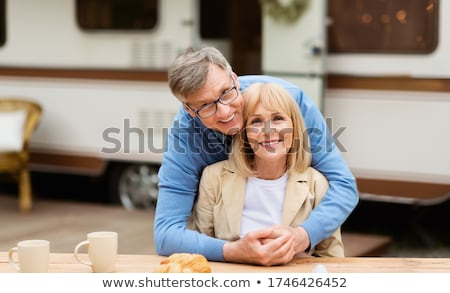Olgun adam olgun kadın kadın doğa eğlence Stok fotoğraf © IS2