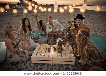 mulher · sessão · suv · praia · ver - foto stock © is2