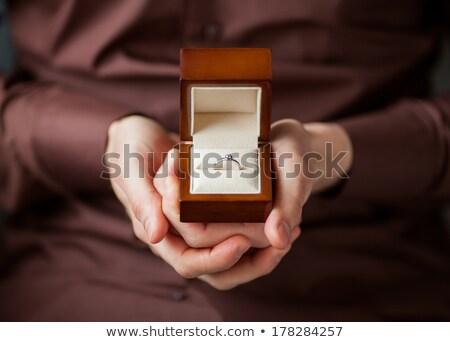 Mężczyzna strony pierścień polu zaręczynowy pop art Zdjęcia stock © studiostoks