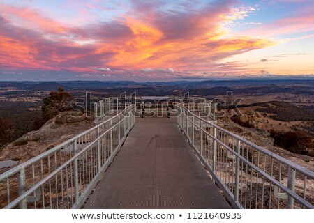 Stok fotoğraf: Gün · batımı · mavi · dağlar · arkasında · aydınlatma · yukarı