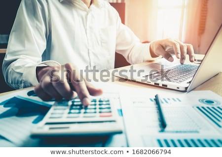 contador · empresário · chamada · telefone · isolado · branco - foto stock © Kurhan