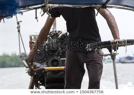 Tailandés hombre conducción barco krabi Tailandia Foto stock © Mps197