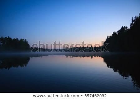 穏やかな · 表示 · 湖 · 黄昏 · 空 - ストックフォト © juhku