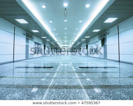 Fluorescencyjny światła sufit pieszy brudne miejskich Zdjęcia stock © sirylok