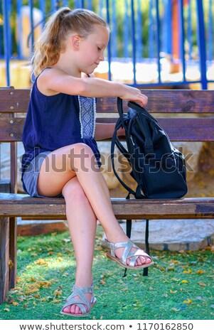 Feliz adolescentes alimentação almoço rua Foto stock © studiolucky