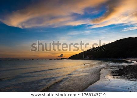 Güneş deniz ufuk yumuşak mavi gün batımı Stok fotoğraf © chatchai