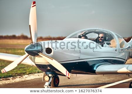 Paar cockpit licht vliegtuigen vrouw hoofdtelefoon Stockfoto © photography33