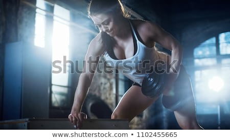 barbell · rij · greep · vrouw · training · gymnasium - stockfoto © chesterf