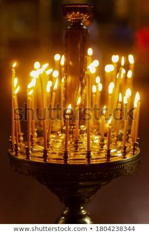 Ardor velas católico iglesia muchos brillante Foto stock © vapi