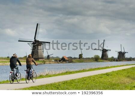 Vélos holland vieux ville principale Photo stock © neirfy