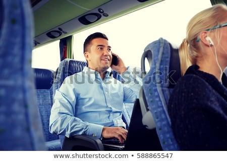 férfi · okostelefon · gépel · valami · közelkép · üzlet - stock fotó © dolgachov