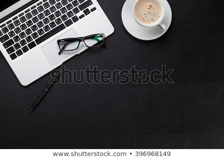 Сток-фото: служба · кожа · столе · таблице · ПК · очки