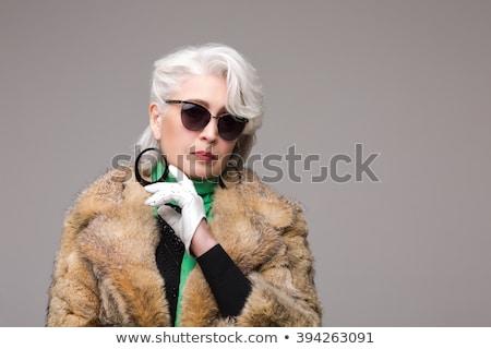 элегантный Lady гламур макияж позируют длинные волосы Сток-фото © NeonShot