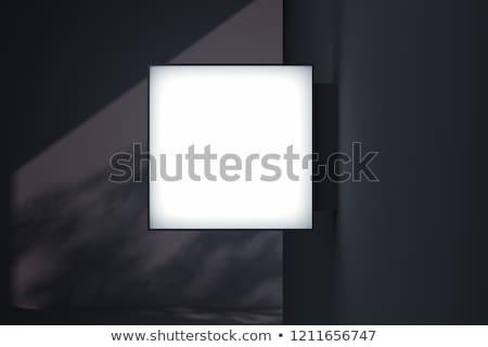 Cuadrados signo fuera tienda fachada Foto stock © albund