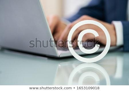 Direitos autorais assinar laptop mão trabalhando negócio Foto stock © AndreyPopov