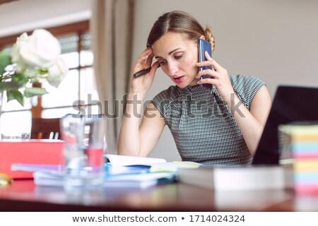 女性実業家 作業 ホーム 危機 デスク ストックフォト © Kzenon