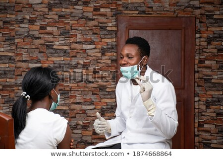 inyección · de · botox · labio · primer · plano · aguja · botox · tratamiento - foto stock © get4net