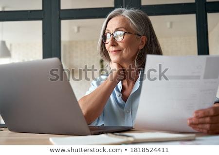 attrattivo · senior · manager · società · posa · stile - foto d'archivio © stockyimages