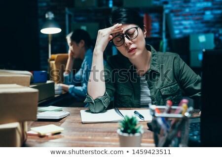 Moe zakenvrouw portret geïsoleerd witte Stockfoto © elwynn
