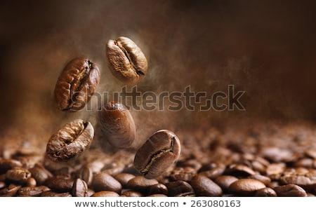 Köteg pörkölt kávé izolált fehér textúra Stock fotó © Taigi