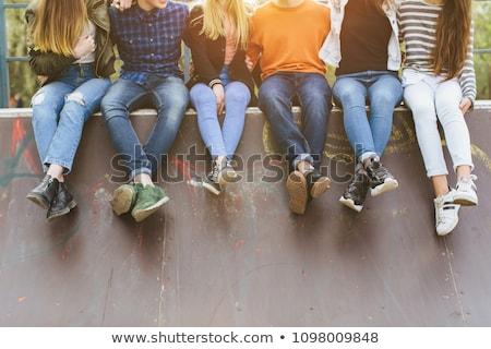 adolescent · Homme · séance · Retour - photo stock © is2