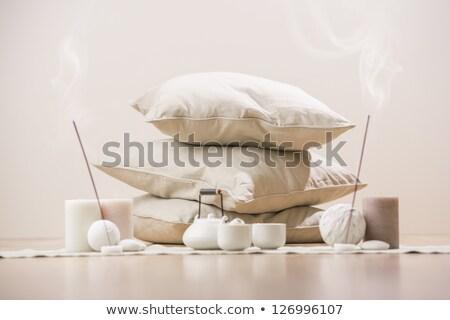 teáskanna · csészék · aromás · gyertyák · párnák · díszítések - stock fotó © HASLOO
