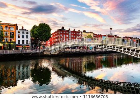 Foto stock: Dublin · cenário · casa · cidade · ponte