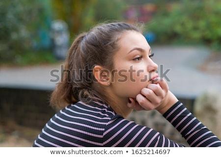 Gyönyörű fiatal nő álmodozás fehér nő lány Stock fotó © rozbyshaka