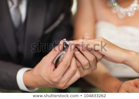 El alyans gelinler parmak damat kadın Stok fotoğraf © sarymsakov