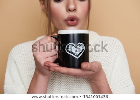 belo · mulher · jovem · bebida · quente · coberto · branco - foto stock © rosipro