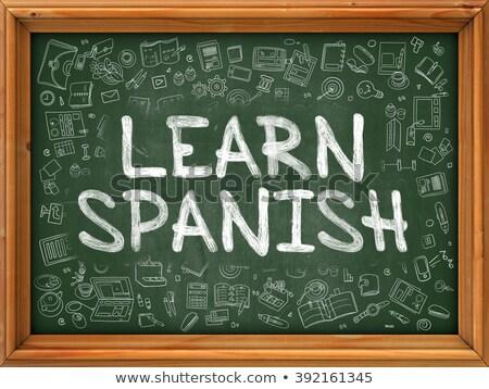 Aprender espanhol verde quadro-negro rabisco Foto stock © tashatuvango