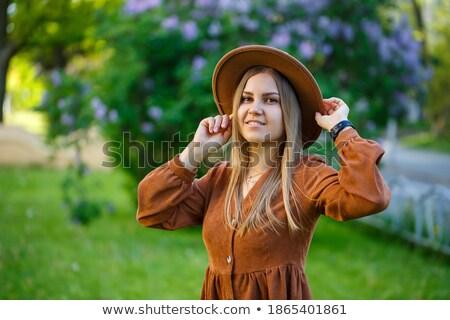 jovem · mulher · bonita · rosa · flor · mulher - foto stock © rosipro