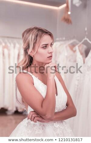 Bruid naar nadenkend kin model Stockfoto © wavebreak_media