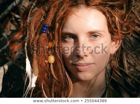 Mooie vrouw amber kralen portret mooie vrouw groot Stockfoto © Aikon