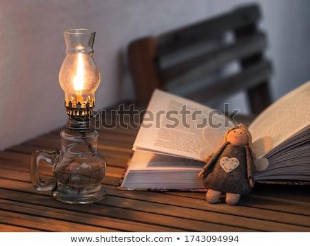 孤立した · 石油ランプ · かなり · ガラス · 白 - ストックフォト © 5xinc
