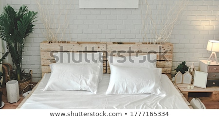 interieur · slaapkamer · Rood · moderne · witte · hout - stockfoto © konradbak