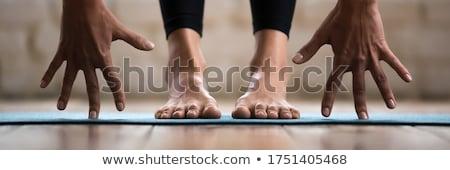 Görbület kettő fitt mezítláb nők lábak Stock fotó © pressmaster