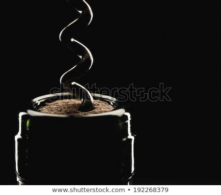 開設 · ワインボトル · コークスクリュー · 木材 · バー · ドリンク - ストックフォト © rtimages