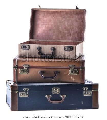 öreg elnyűtt retro bőrönd izolált fehér Stock fotó © shutswis