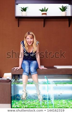 Сток-фото: педикюр · иллюстрация · женщину · рыбы · массаж · девочек