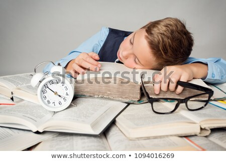 adorable · nino · cansado · estudio · blanco · libro - foto stock © get4net